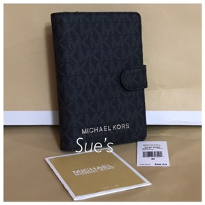 Michael Kors nwt mk Signature Passport Holder- Black