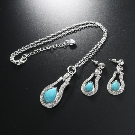 Other Bohemian Silver plated Crystal and Turquoise Pendant/Earrings Image 6