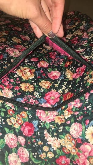 Vera Bradley retired green with flowers garment bag Image 3