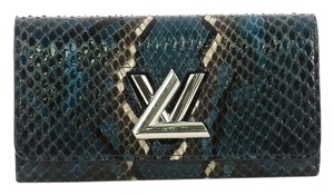 Louis Vuitton Python Twist blue Clutch
