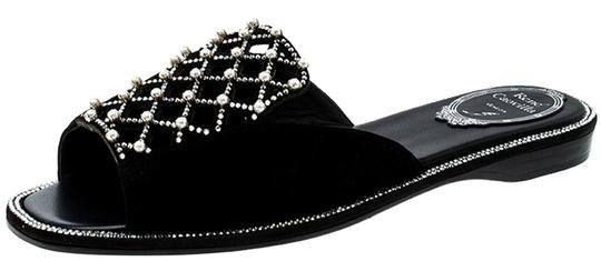 Preload https://img-static.tradesy.com/item/25269358/rene-caovilla-black-laser-cut-pearl-embellished-suede-slides-flats-size-eu-39-approx-us-9-regular-m-0-1-540-540.jpg