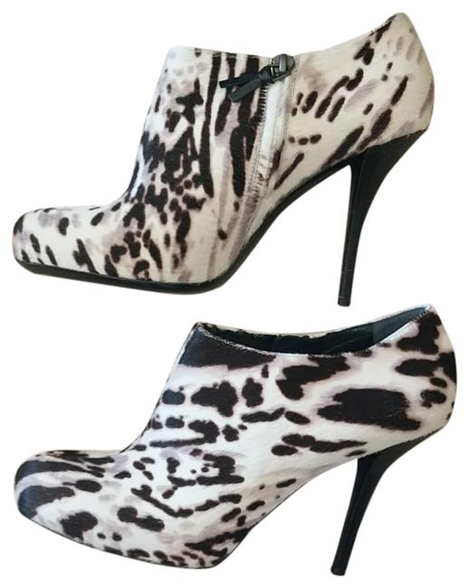 Item - Black/White 245489 Ankle Catawiki Boots/Booties Size EU 40 (Approx. US 10) Narrow (Aa, N)