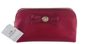 Coach NWT! COACH F53423 RED TURNLOCK LEATHER BOW COSMETIC CASE 17