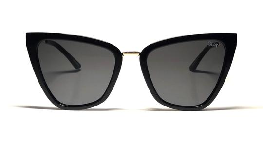 Preload https://img-static.tradesy.com/item/25270842/quay-black-jlo-reina-with-tags-large-cat-eye-style-fast-shipping-large-jlo-sunglasses-0-2-540-540.jpg