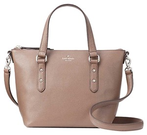 Kate Spade Taupe Leather Pebble Leather Crossbody New York Satchel in light walnut (217)