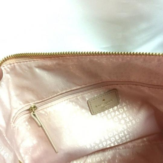 Kate Spade Taupe Leather Pebble Leather Crossbody New York Satchel in light walnut (217) Image 2