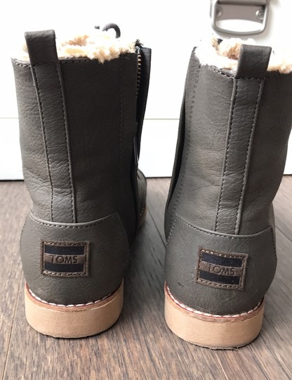 TOMS brown Boots Image 3