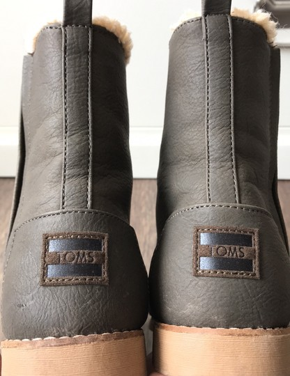 TOMS brown Boots Image 7
