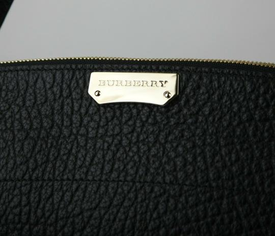 Burberry Grain Leather Medium Welburn Tote in Black Image 9
