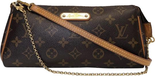 Preload https://img-static.tradesy.com/item/25271133/louis-vuitton-eva-monogram-brown-canvas-cross-body-bag-0-1-540-540.jpg