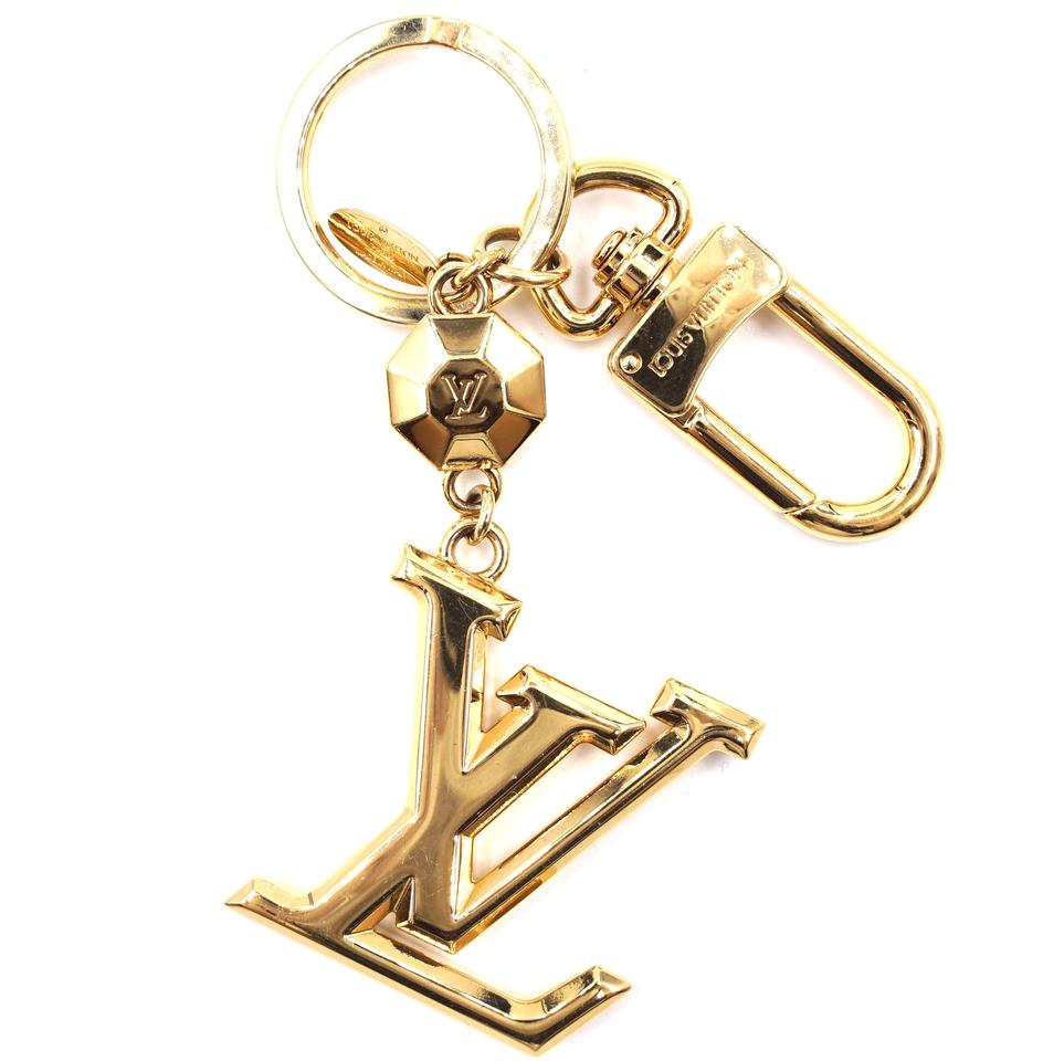 a82b11f579c0 Louis Vuitton Signature LV logo Key Key Ring Chain Holder Charm Image 0 ...