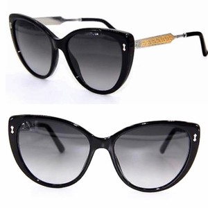 af770bd67b Women s Sunglasses - Up to 70% off at Tradesy (Page 4)