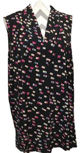 Vince Camuto Geometric Print Sleeveless V-neck Tunic