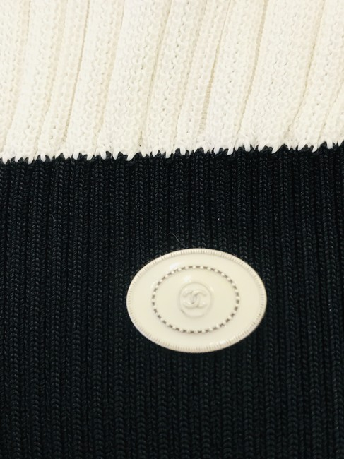 Chanel Sweater Image 7
