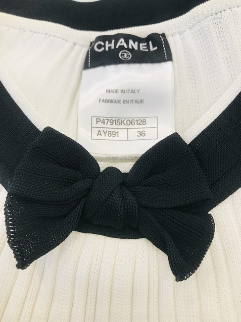 Chanel Sweater Image 9