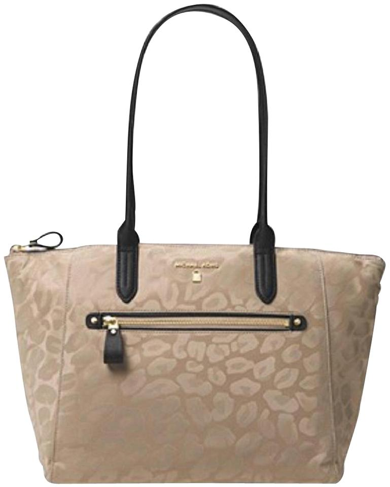 Michael Kors Kelsey Travel School Work Beach BeigeTanGoldBlack Nyl BeigeTanBlaclGold Nylon Tote 14% off retail