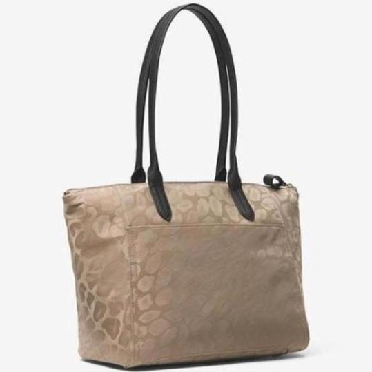 Michael Kors Travel Work School Business Beach Purse Water Resistant Pur Luggage Carryon Carr Neverfull Suitcase Tote in beige/tan/blacl/gold Image 1
