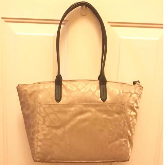 Michael Kors Travel Work School Business Beach Purse Water Resistant Pur Luggage Carryon Carr Neverfull Suitcase Tote in beige/tan/blacl/gold Image 6