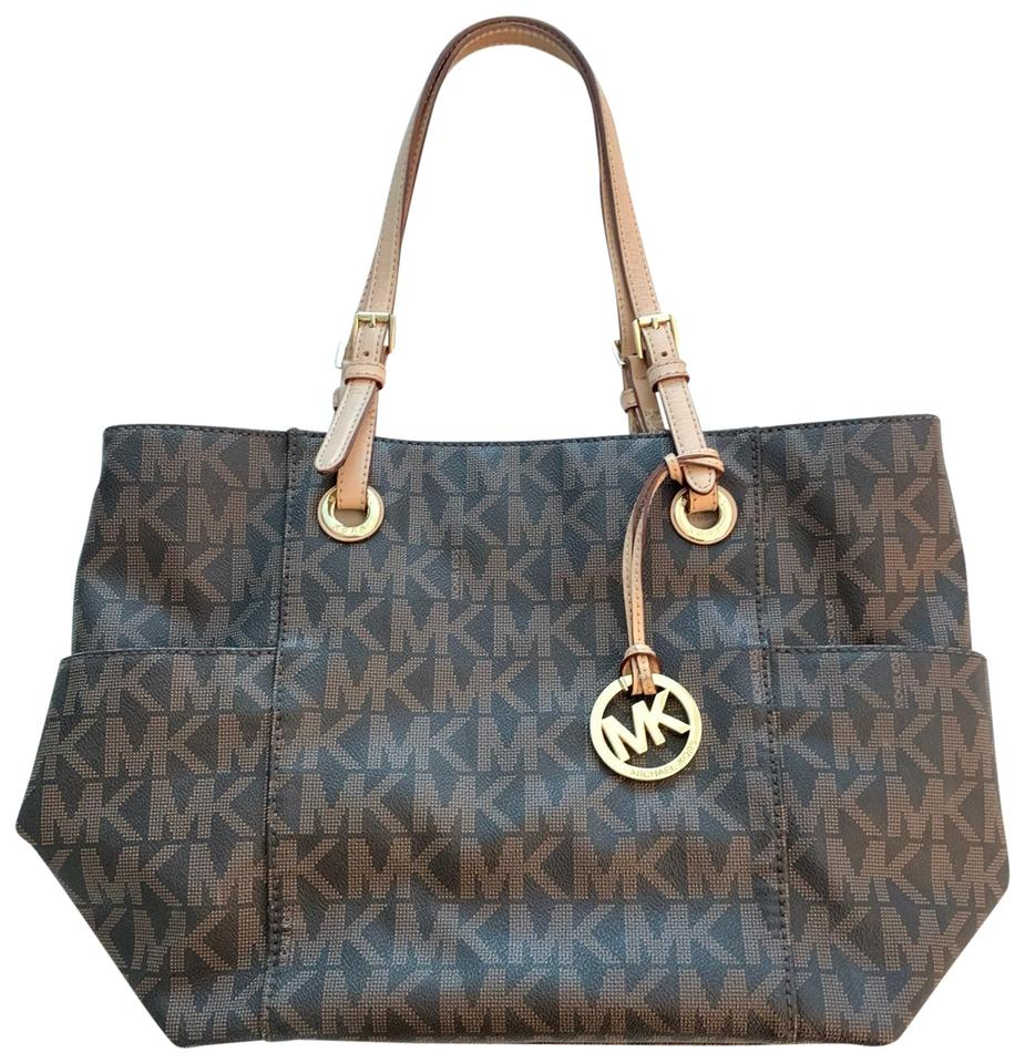 1fa813b8689f Michael Kors East West Signature Travel Jet Set Monogram & Leather ...