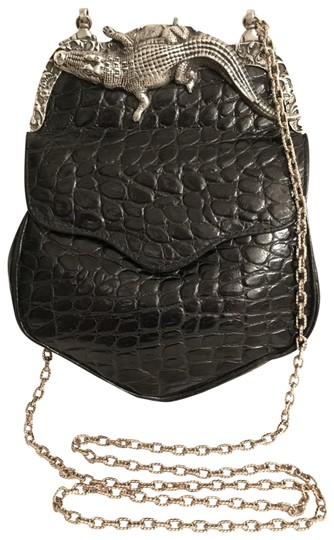 Preload https://img-static.tradesy.com/item/25272710/embossed-gatorcroc-black-silver-leather-cross-body-bag-0-1-540-540.jpg