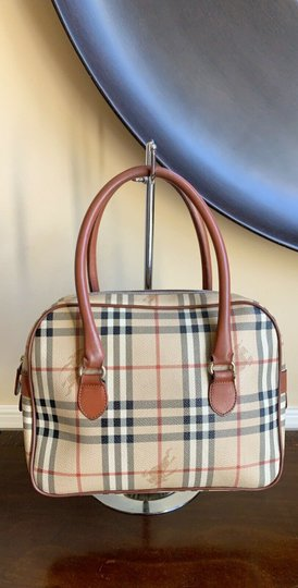 Burberry London Of Vintage Nova Check Leather Satchel in Beige, Brown Image 2