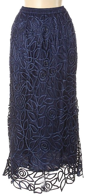Preload https://img-static.tradesy.com/item/25273021/soulmates-navy-blue-beaded-silk-lacecrochet-skirt-size-10-m-31-0-2-650-650.jpg