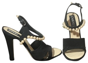 84c3af98741a Chanel Shoes on Sale - Up to 70% off at Tradesy