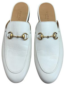 ca7119197d1 White Gucci Mules   Clogs - Up to 90% off at Tradesy