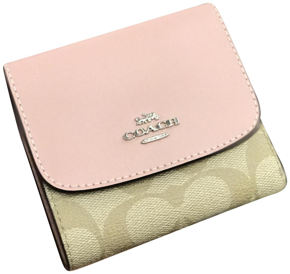 1c2513c4 Coach Khaki and Petal Pink Small Trifold Signature Cute Coin Zip Wallet 54%  off retail