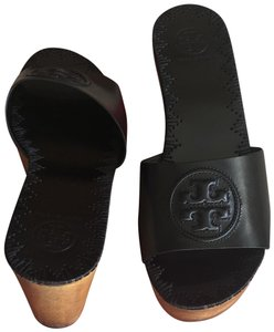Tory Burch Perfect Black Wedges