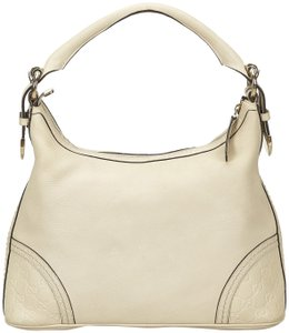 46820c5f3d9d White Gucci Hobo Bags - Up to 90% off at Tradesy