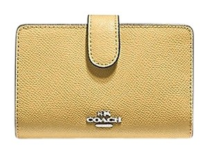 Coach Brand New Medium Corner Zip Wallet In Croosgrain Leather F11484