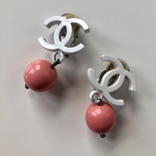 Chanel Chanel Vintage White Enamel CC Pink Ball Clip On Earrings Image 2