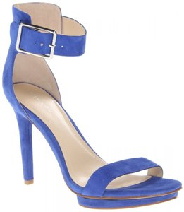 72b99115367 Calvin Klein Sandals - Up to 90% off at Tradesy