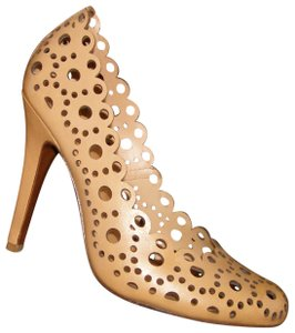 Tory Burch Leather Laser Cut Round Toe Scalloped brown Pumps