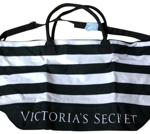 beaeb5fd8dff3 Get Pink Victoria's Secret Weekend & Travel Bags for 70% Off or Less ...