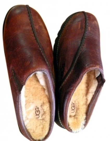 UGG Australia Distressed oiled Brown Mules
