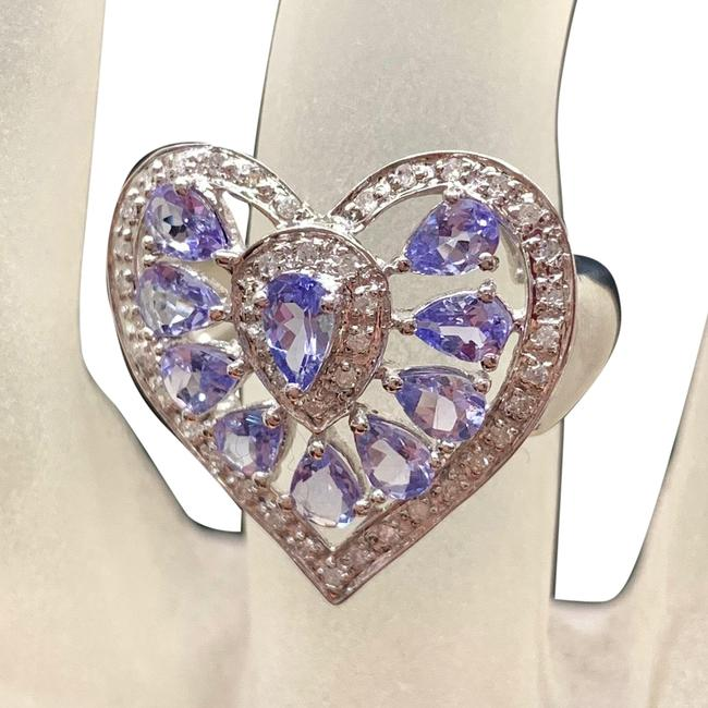 White Gold Natural Amethyst and Diamond Heart 10k Ring White Gold Natural Amethyst and Diamond Heart 10k Ring Image 1