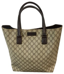 8376682a076 Gucci Large Tote Bags - Up to 70% of at Tradesy