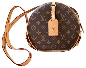 0ba7f54c5c15 Louis Vuitton Cross Body Bag