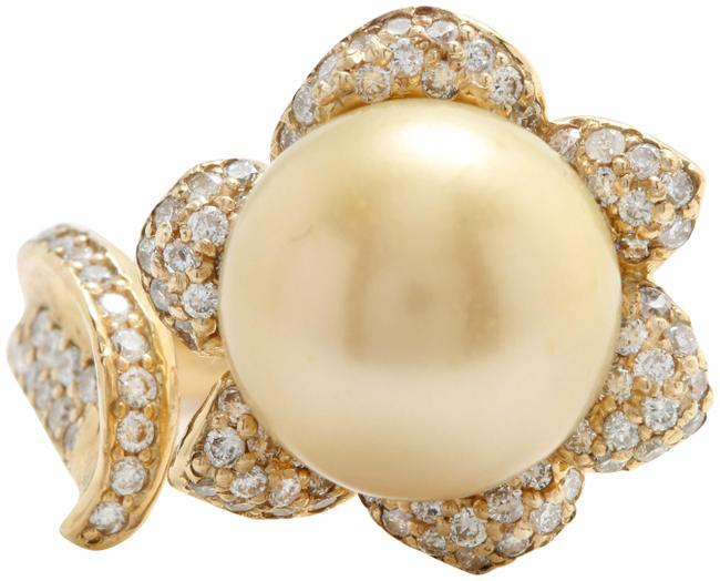 White .89ct Natural 11.33 Mm South Sea Pearl Diamonds 14k Yellow Gold Ring White .89ct Natural 11.33 Mm South Sea Pearl Diamonds 14k Yellow Gold Ring Image 1