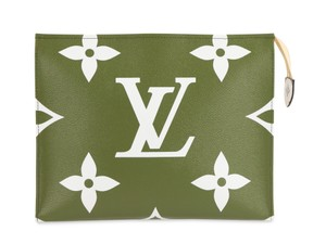 Louis Vuitton Monogram Leather Canvas Gold Hardware Green Clutch