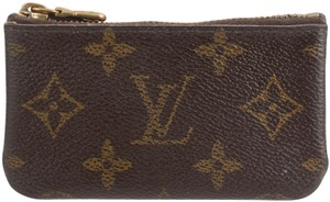 de9ee5f19ab2 Louis Vuitton Key Pouches - Up to 70% off at Tradesy