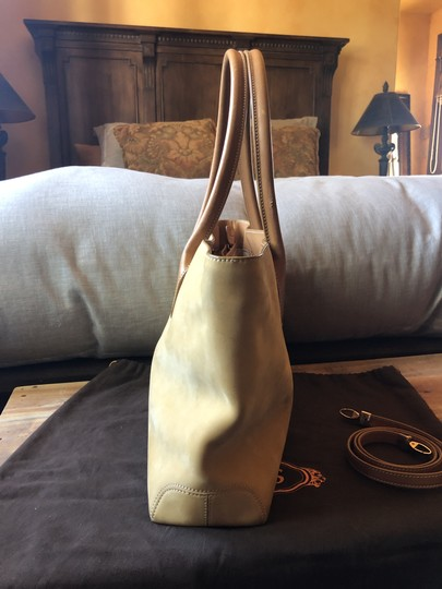 Tods Suede Tote in camel Image 2
