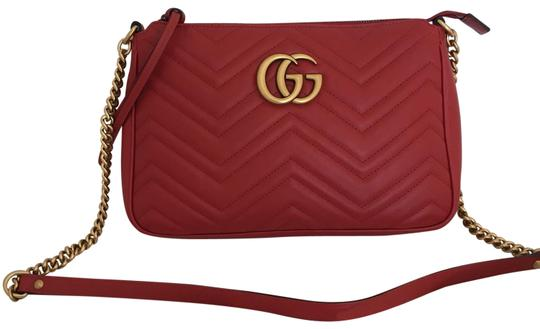 Preload https://img-static.tradesy.com/item/25282064/gucci-top-red-leather-cross-body-bag-0-1-540-540.jpg