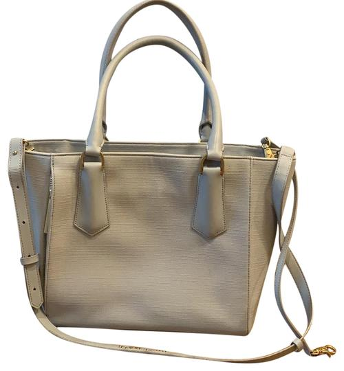 Preload https://img-static.tradesy.com/item/25282144/signature-midi-in-cement-gray-coated-canvas-tote-0-1-540-540.jpg