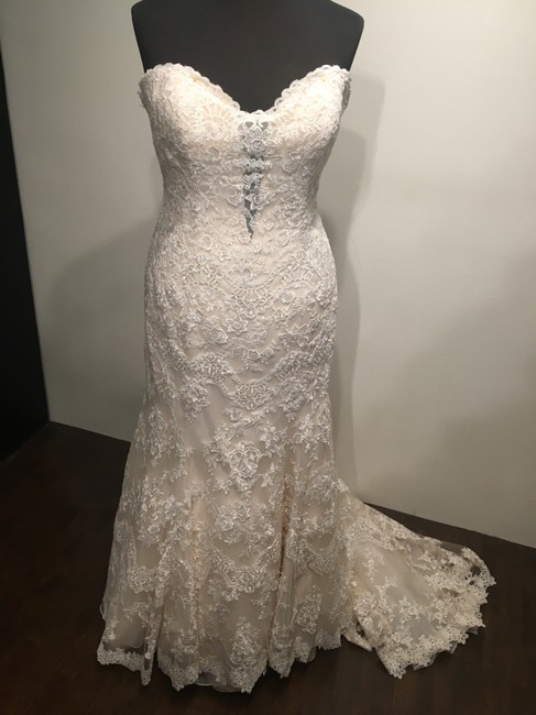 Allure Bridals Ivory/Lt.gold Lace On English Net 9072 Formal Wedding Dress Size 24 (Plus 2x) Allure Bridals Ivory/Lt.gold Lace On English Net 9072 Formal Wedding Dress Size 24 (Plus 2x) Image 1