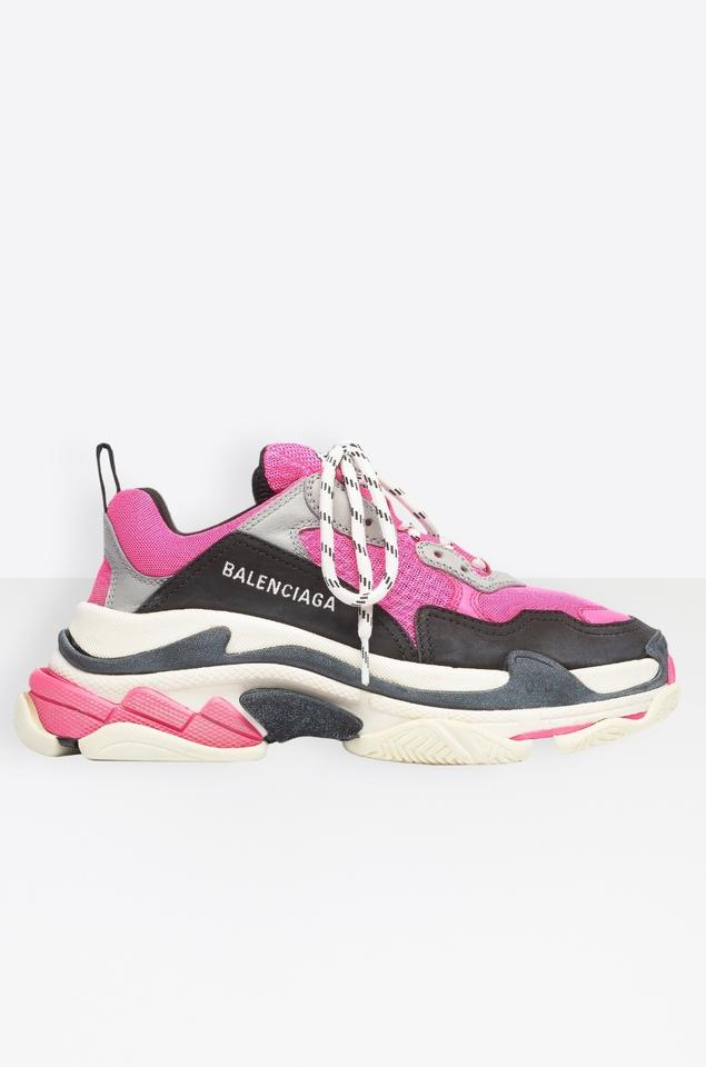 1a9c759c68 Balenciaga Pink Grey White New Triple 5 Sneakers Size EU 35 (Approx ...