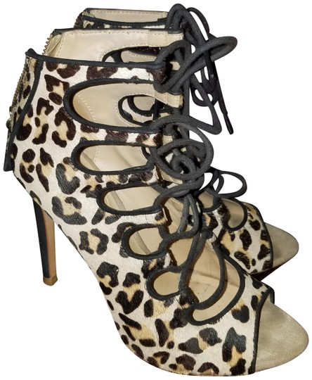 Preload https://img-static.tradesy.com/item/25282865/zara-leopard-sold-out-suede-lace-up-bootie-heels-pumps-size-us-7-narrow-aa-n-0-3-540-540.jpg