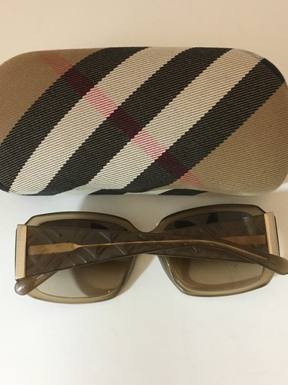 Burberry BURBERRY 38419 RECTANGLE BROWN SUNGLASSES 3012/13 Image 1